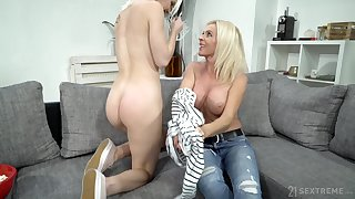 Mature lady uses her seductive charms on a young generalized with a big butt