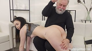 Old guy gets accidental and sticks his prick in wet cunt of Caroline Mann