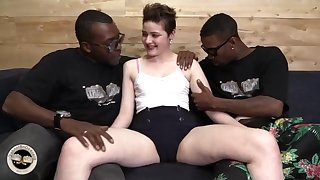 Scalding whore Emma Fair game daffy interracial porn