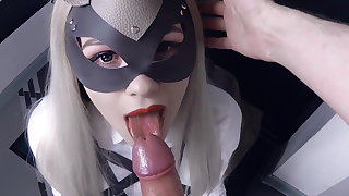 Amateur babe returned home and immediately started sucking dick