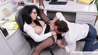 No-orgasm fear has Veronica Avluv demand rendezvous anal sex