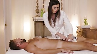 Stunning tall and voracious Korra Del Rio gets her transsexual ass stretched