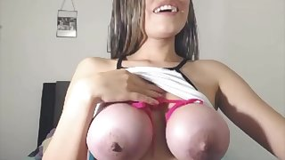 Annita Ties Up Her Big Big Tits To A Pope
