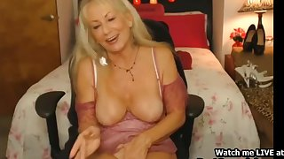 Sexy Blonde Granny Cums Homemade Out of reach of Webcam